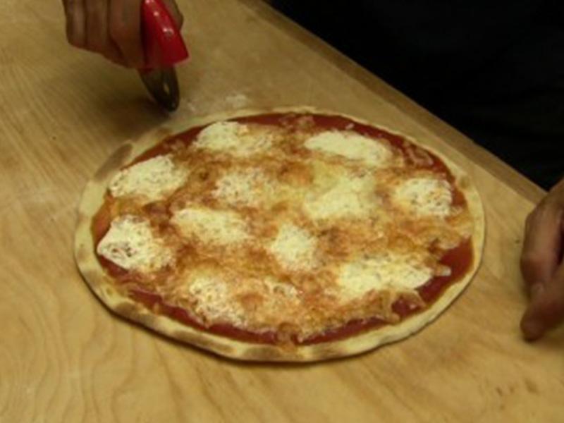 Pizza Veloce senza lievito fatta in casa