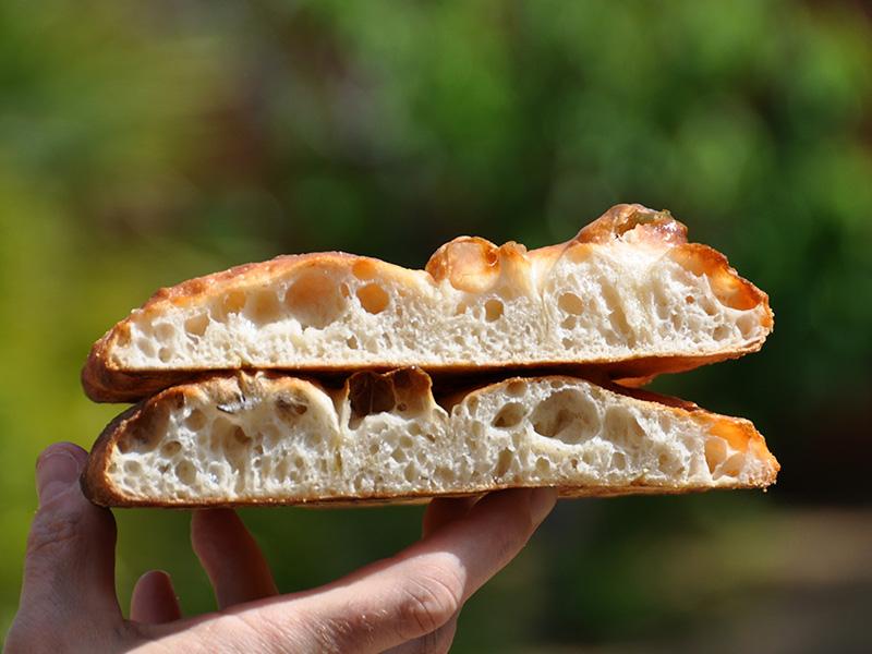 Video Ricetta Pizza Bianca (Focaccia) nel Forno a Legna